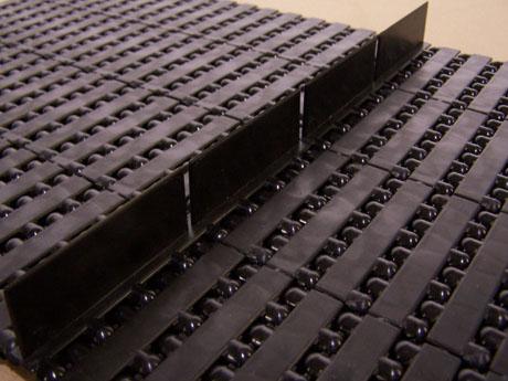 Modular Plastic Flighted Conveyor Belt